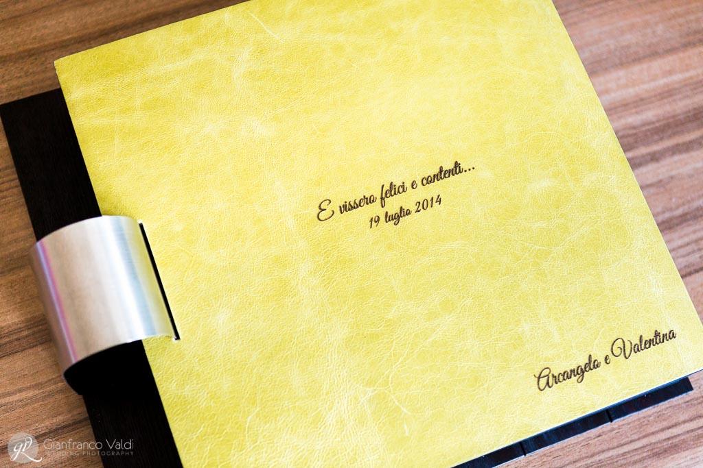 fotografia dell'album che gli sposi hanno scelto per conservare per sempre i ricordi delle nozze