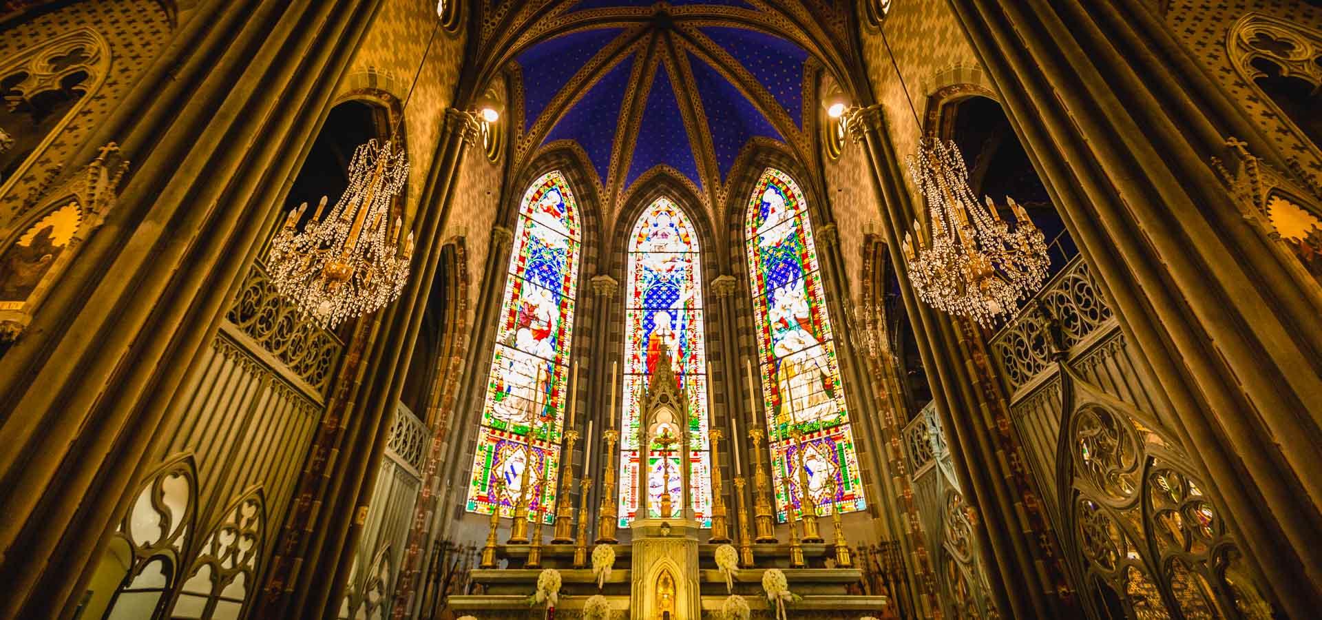 una-favolosa-vista-interna-della-chiesa-di-santa-giulia