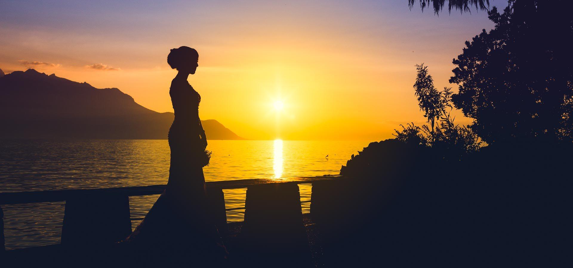 tramonto-meraviglioso-con-silhouette-sposa
