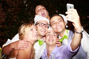 le nozze si concludono con tanta gioia