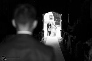 sposo e sposa si guardano