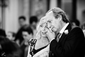 la commozione dei genitori durante il matrimonio