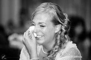 tante lacrime di felicità durante la cerimonia di matrimonio