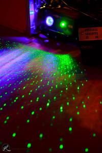 tante luci colorate per un matrimonio bellissimo