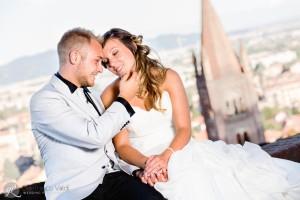 tante attenzioni e carezze dopo il matrimonio