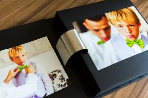 foto di doppia pagina del matrimonio a biella
