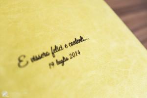 i nomi di marito e moglie a testimonianza di un matrimonio favoloso
