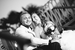 bouquet di matrimonio e sorrisi