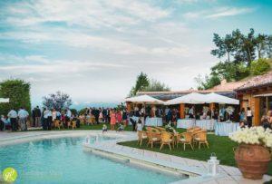 la-piscina-con-vista-mozzafiato-puo-ospitare-aperitivo